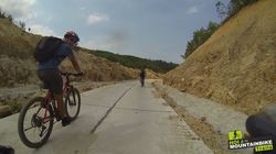 mountainbike_hoian-lost_in_vietnam_26.jpg